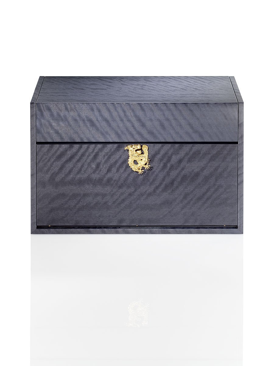 Dragon Bar Trunk